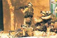 Военнослужащие 101-й воздушно-штурмовой дивизии США ведут бои в центре г. Кербела